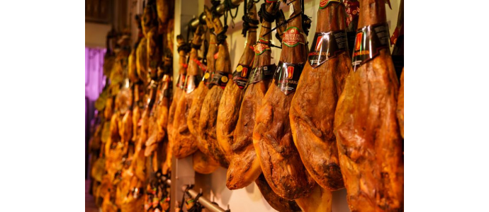 We open our store of Ibérico and Serrano hams to the United Kingdom